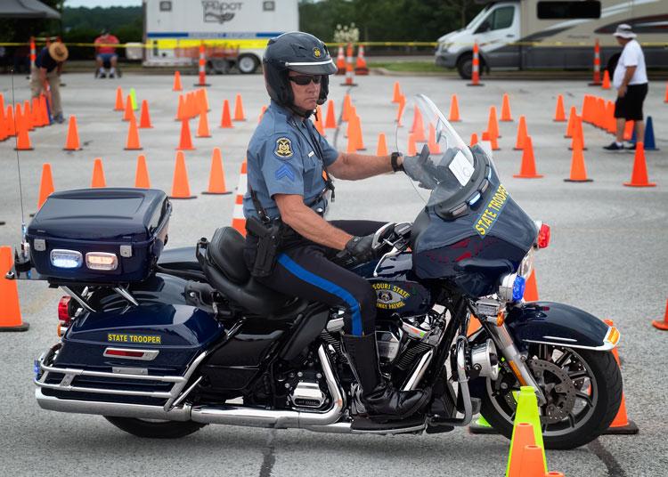 Missouri state highway patrol motorcycle unit
